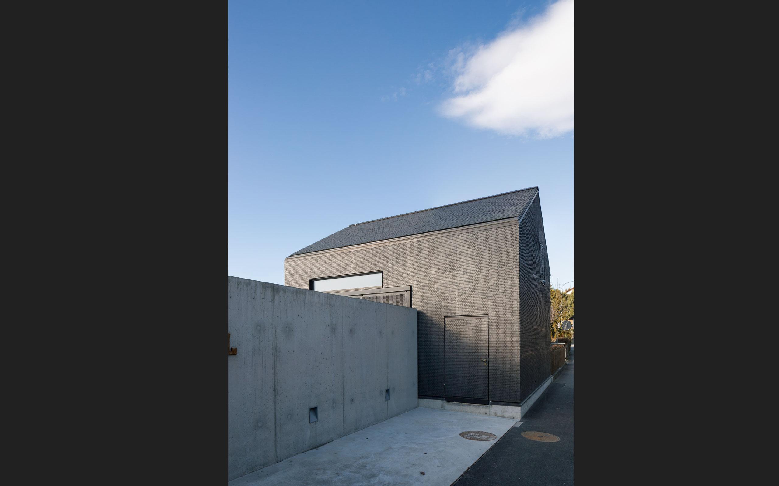 Architektur: tzarch.ch, Thun, Bootshaus_Huenibach