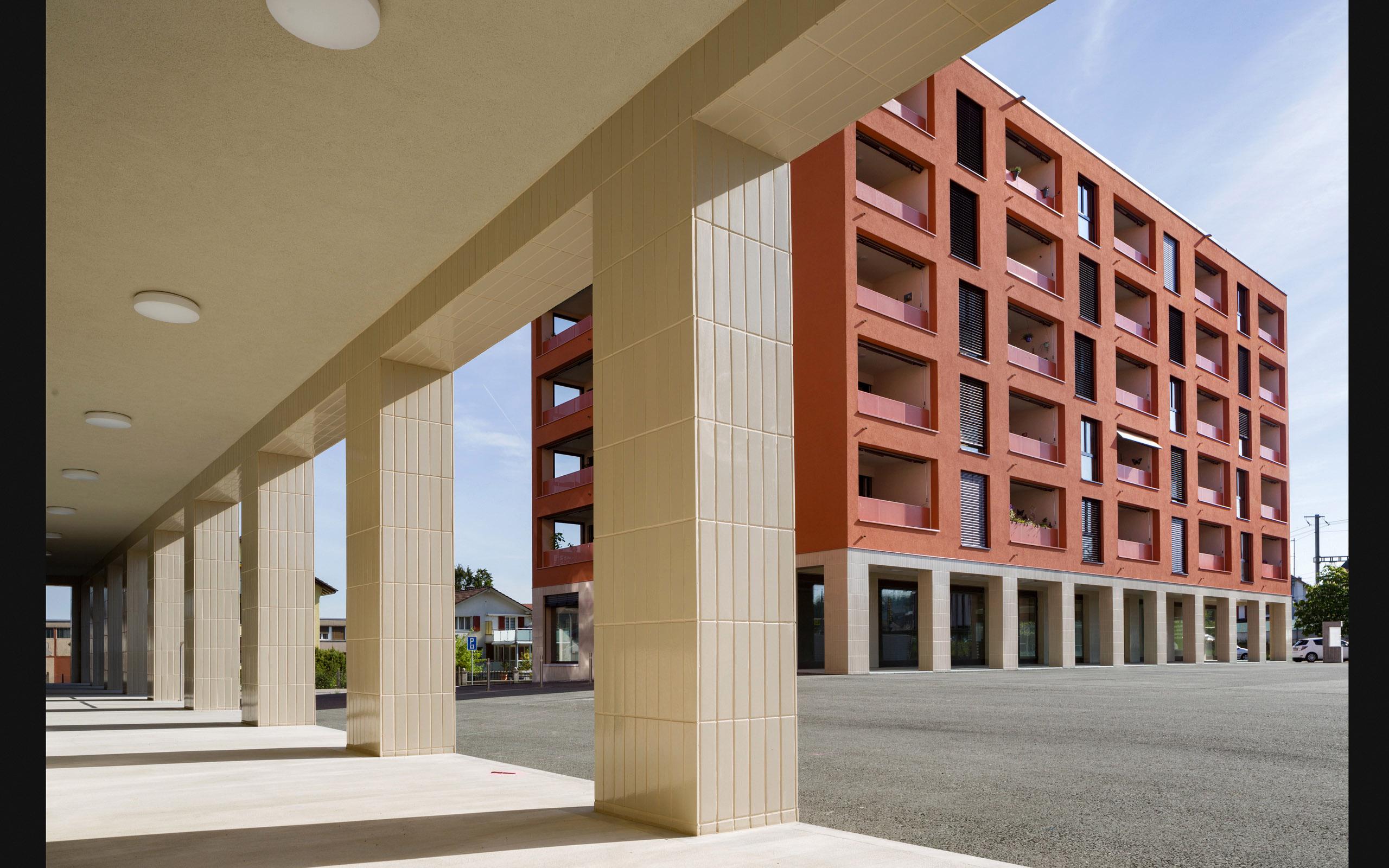 Architektur: tzarch.ch Überbauung DuedingenPlus